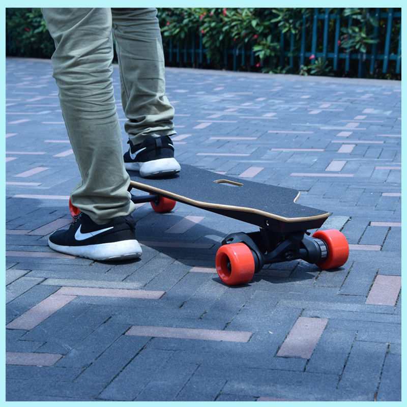Smart 4 Wheel Skateboard Four Wheels Electric Self Balancing Scooter Easy To Operate