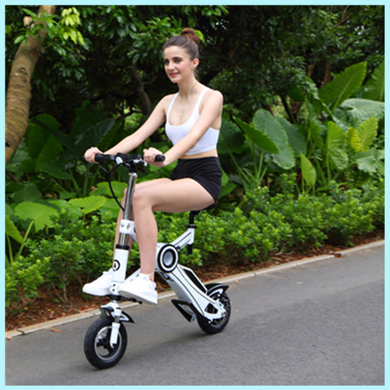 36v 250w Folding Travel Scooter 20km / H Electric Foldable Scooter