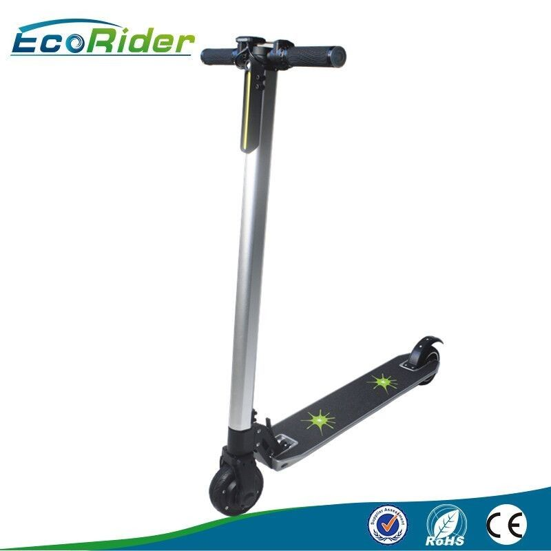 Mini 25km / h folding electric scooters for adults , 2 Hours Charging time